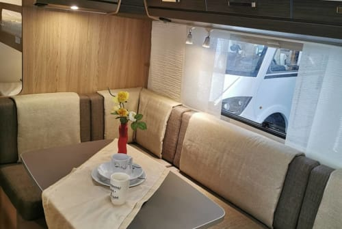 Hire a motorhome in Fröndenberg/Ruhr from private owners| Bürstner  Emma