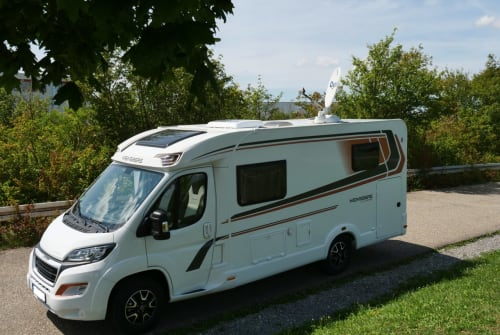 Hire a motorhome in Tamm from private owners| Weinsberg Pepper