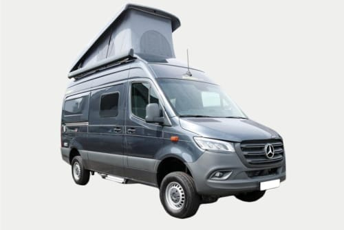 Hire a motorhome in Aachen from private owners| Mercedes-Benz HymerCar KUNIBERT