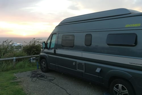 "Hire a motorhome in Saarbrücken from private owners| Hymercar ""Hymi"""