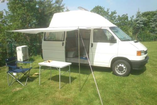 Hire a motorhome in Arnstadt from private owners  Volkswagen Pisten-Bulli
