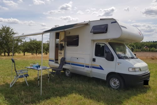 Hire a motorhome in Hochheim am Main from private owners| Fiat Heimathafen