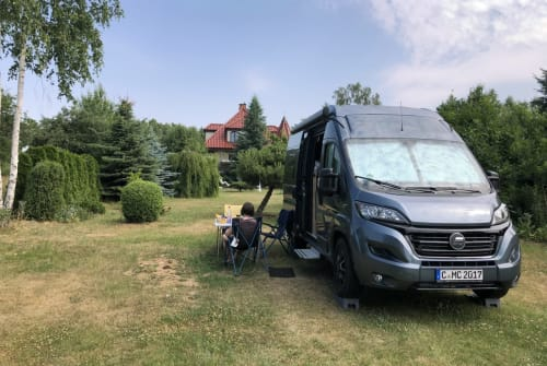 Hire a motorhome in Chemnitz from private owners  Hymer Ayers Rock