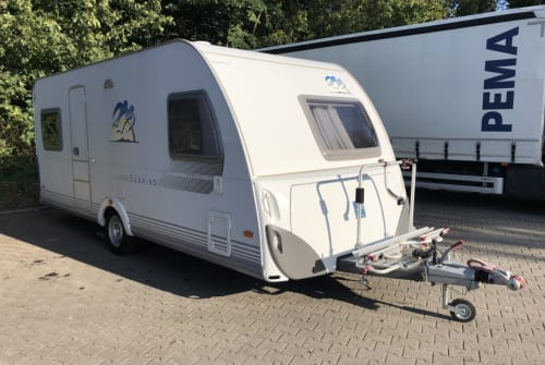 Hire a motorhome in Stahnsdorf from private owners| Knaus Knaus 500