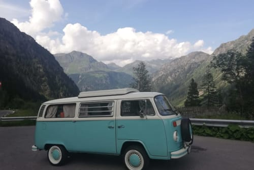 Hire a motorhome in Traun from private owners| VW  Bus