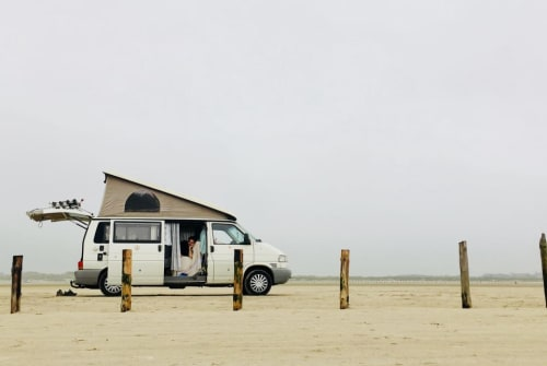Hire a motorhome in Bremen from private owners| VW Karlson