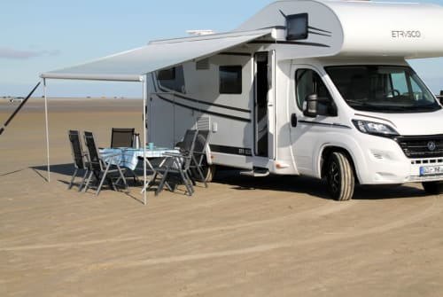 Hire a motorhome in Uelzen from private owners| Hymer Etrusco  Karlchen