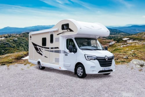 Hire a motorhome in Hildesheim from private owners| Ahorn Family-Camper