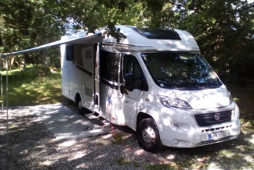 Hire a motorhome in St. Pölten from private owners| Carado Heidilein