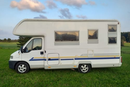 Hire a motorhome in Kiel from private owners| Bürstner Bürstner