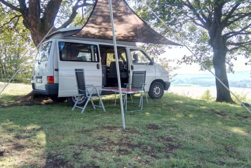 Hire a motorhome in Fritzlar from private owners| VW Calif