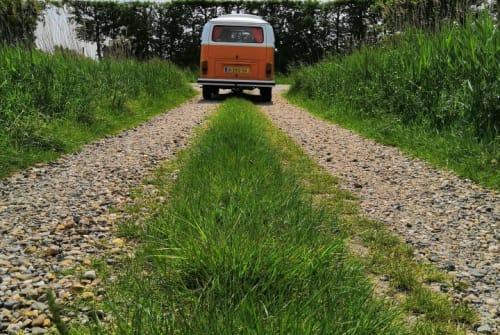 Hire a motorhome in Kloetinge from private owners| Volkswagen Kate campervan
