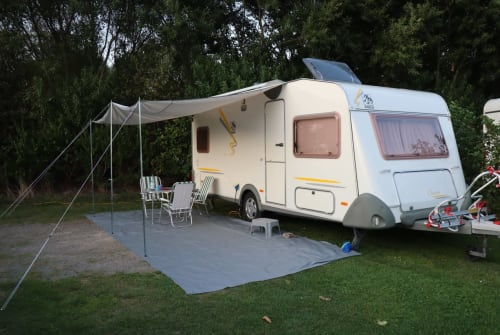 Hire a motorhome in Weyhe from private owners| Knaus Klaus Knaus