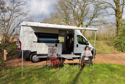 Hire a motorhome in Amsterdam from private owners| Fiat Ducato Unieke camper