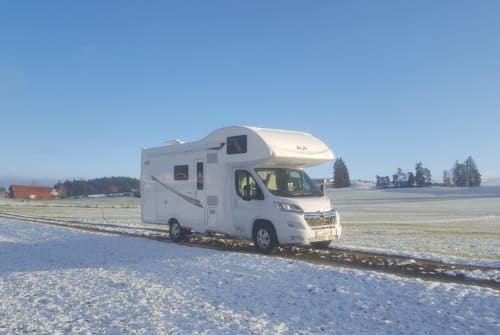 Hire a motorhome in Marktoberdorf from private owners  Citroen Jumper PLA Happy 440