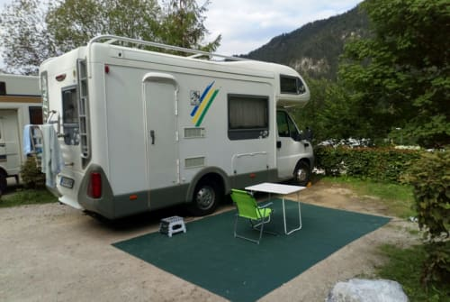 Hire a motorhome in Nürnberg from private owners| Fiat Sunny