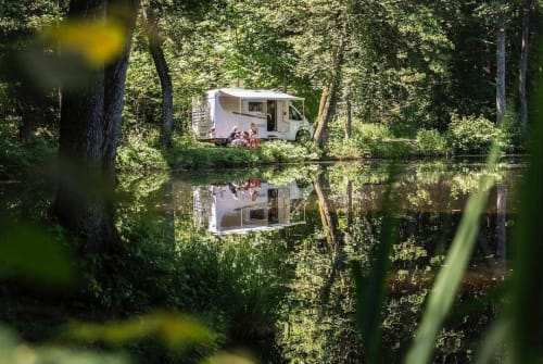 Hire a motorhome in Maasbree from private owners| Carado  Carado 2-p 2019
