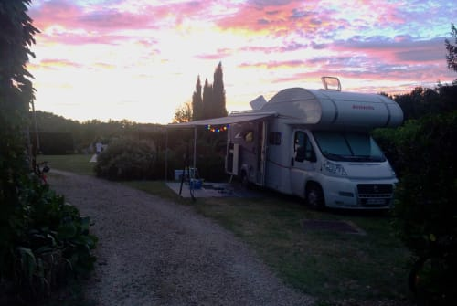 "Hire a motorhome in Lahr/Schwarzwald from private owners| Dethleffs ""D"""