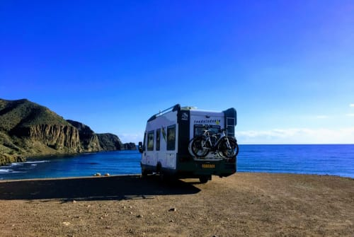 Hire a motorhome in Vélez-Málaga from private owners| Knaus Knaus exclusief