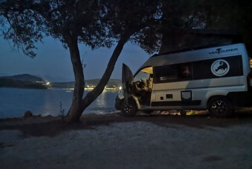 Hire a motorhome in Penzberg from private owners| Peugeot Mörpelmobil
