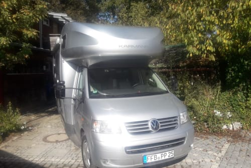 Hire a motorhome in Grafrath from private owners| vw bus T5 Mein Camper