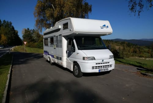 Hire a motorhome in Regen from private owners  Fendt Xaverl