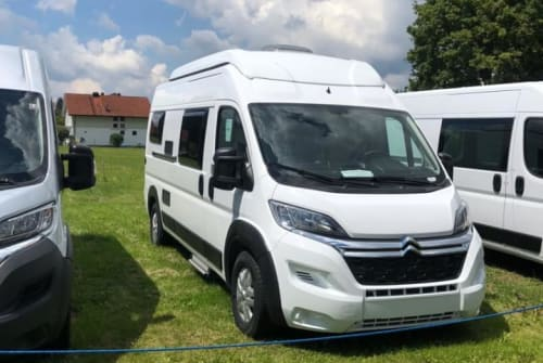 Hire a motorhome in Inning am Ammersee from private owners| Pössl Hanni Pössl