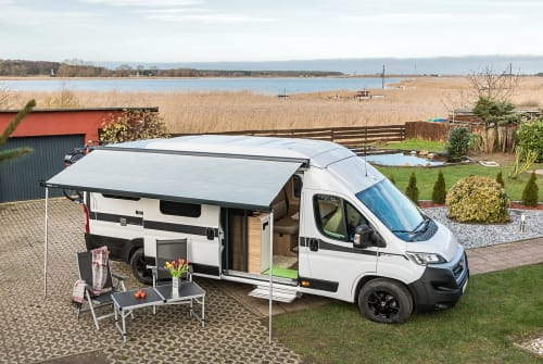 Hire a motorhome in Berlin from private owners| Hymer Hymercar 2019