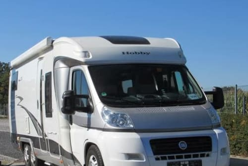Hire a motorhome in Hanau from private owners| Hobby  Valentin
