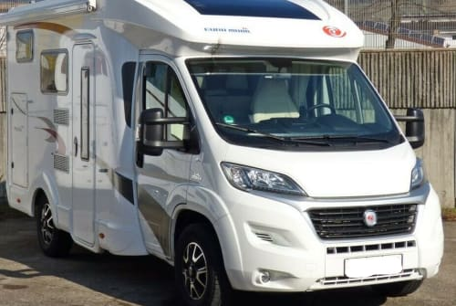 Hire a motorhome in Tamm from private owners| EuraMObil EuraMobil T 590