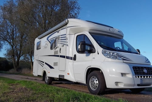 Hire a motorhome in Bobitz from private owners| Fiat Ducato ELSA