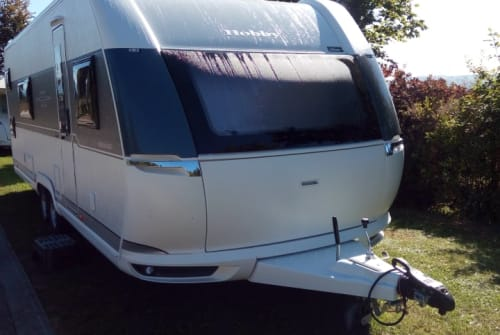 Hire a motorhome in Hinzenbach from private owners  Hobby Prestige Camperfun 2
