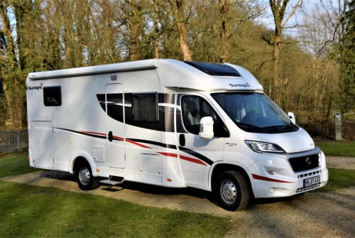 """Hire a motorhome in Bremen from private owners