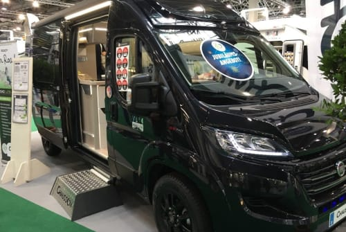 Hire a motorhome in Delbrück from private owners| Chausson Nero