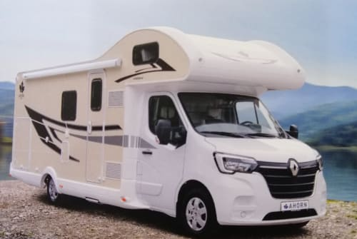 Hire a motorhome in Raesfeld from private owners| Ahorn  Canada *NEW*