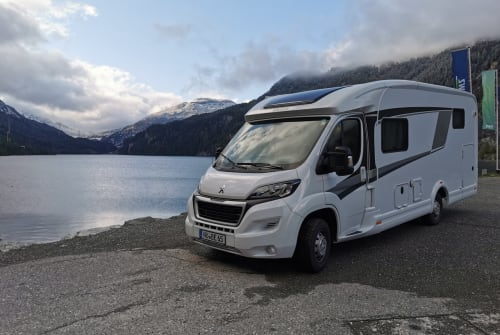 Hire a motorhome in Fremdingen from private owners| Knaus VAN TI