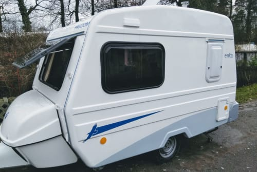Hire a motorhome in Bielefeld from private owners| Niewiadow  NiewiadowN126NT