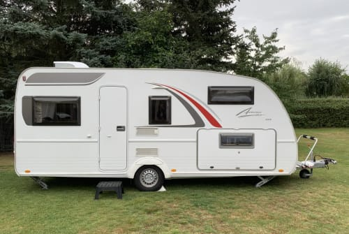 Hire a motorhome in Panketal from private owners| Bürstner nepomuk