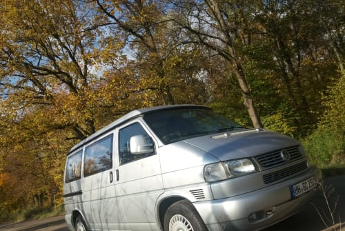 Hire a motorhome in Hamburg from private owners| VW Björn