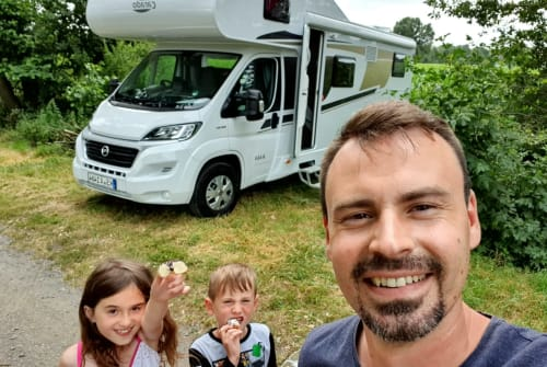 Hire a motorhome in Calden from private owners| Carado Heiny NEU 2019