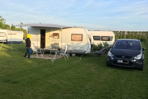 Hire a motorhome in Viersen from private owners| Dethleffs Familienspaß
