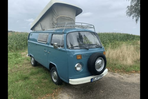Hire a motorhome in Schongau from private owners  VW t2 Olaf