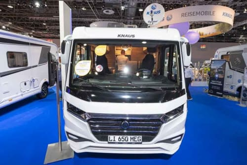 Hire a motorhome in Olching from private owners| Knaus Theo