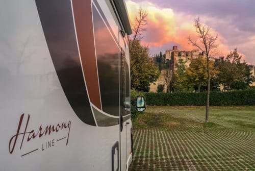 Hire a motorhome in Oberhausen from private owners| Bürstner BlackFjell