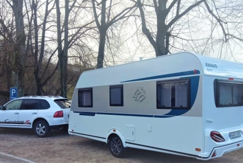Hire a motorhome in Weißenburg im Bay. from private owners| Knaus  adventure4two
