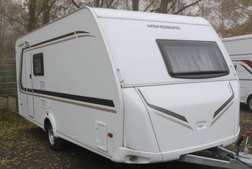 Hire a motorhome in Quakenbrück from private owners| Weinsberg 500FDK