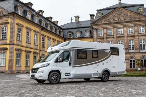 Hire a motorhome in Düsseldorf from private owners  Miller 1167