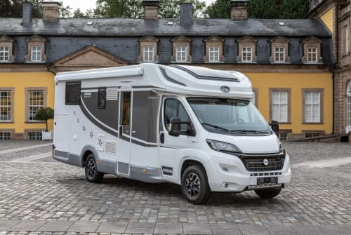 Hire a motorhome in Düsseldorf from private owners  Miller 1168
