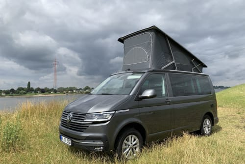 Hire a motorhome in Hamburg from private owners  VW Ingrina