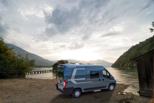 Hire a motorhome in Hamburg from private owners| Weinsberg  Kronmobile 1